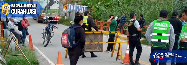 20 CIUDADANOS QUE PRETENDÍAN PASAR A LA REGIÓN APURÍMAC FUERON DETENIDOS EN EL PUESTO POLICIAL DE CUNYAC - CURAHUASI